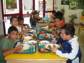 Manger Bio au restaurant scolaire.